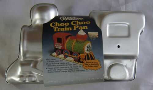 choo-choo-train-cake-pan-from-wilton-2861.JPG