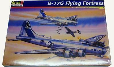 Revell Monogram WWII USAAF Boeing B17-G Flying Fortress bomber model kit 1/48 ()