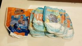 Little swimmers 12× nappies 5-6 Finding Dory