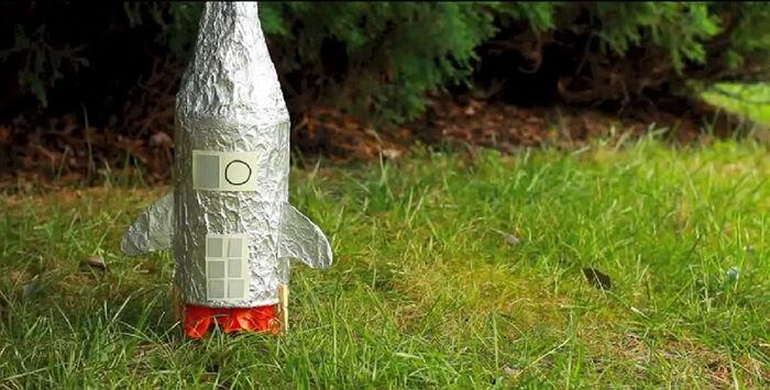 DIY Spaceship Crafts For Kids