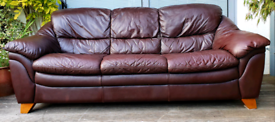 DELIVERY INCLUDED 3 seater genuine soft leather sofa
