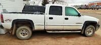 2001 GMC Sierra 2500 hd Pickup Truck