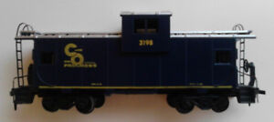 Vintage HO scale C&O caboose 3198