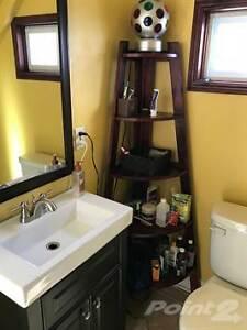 Homes for Sale in Belleville, Ontario $179,900 Belleville Belleville Area image 6