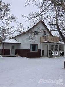 Homes for Sale in Elrose, Saskatchewan $86,500