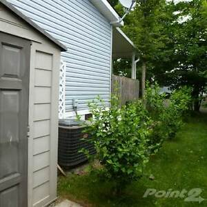 Homes for Sale in Salmon Point, Ontario $159,900 Belleville Belleville Area image 4