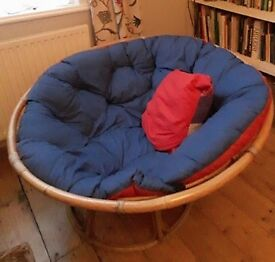 Retro round wicker chair