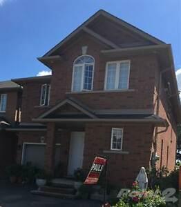 Homes for Sale in Fruitland, Hamilton, Ontario $449,900