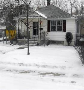 Homes for Sale in City Central East, Kingston, Ontario $247,500 Kingston Kingston Area image 2