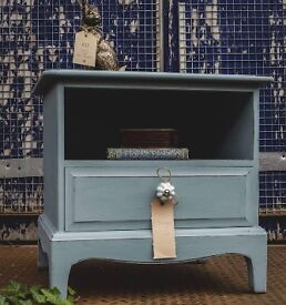 Bedside Table (genuine Stag)shabby chic