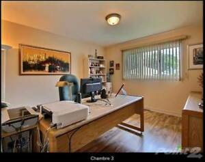 Homes for Sale in Sainte-Catherine, Quebec $280,000