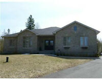 Executive House for rent in Kemptville