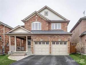 Homes for Sale in Newmarket, Toronto, Ontario $1,590,000