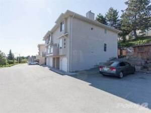 1667 Dufferin Cres
