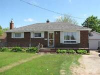 Homes for Sale in Greenbrier, Brantford, Ontario $329,900