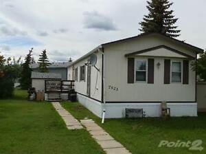 Homes for Sale in Cheviot Heights, Peace River, Alberta $59,900