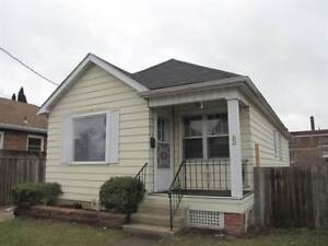 Attractive 3-Bedroom Home For Rent!