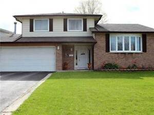 367 Carrie Cres