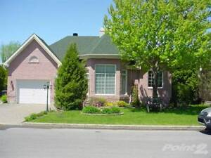 Homes for Sale in Pincourt, Quebec $469,000