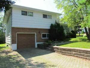6 Gregory Dr