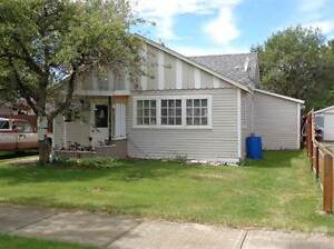 Homes for Sale in Taber, Alberta $108,000
