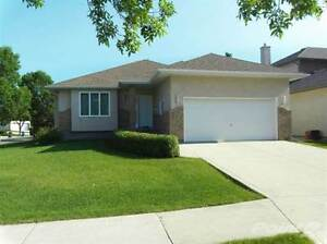Homes for Sale in Southland Park, Winnipeg, Manitoba $369,900