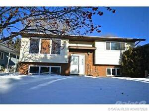 Homes for Sale in Fairway Heights, Lacombe, Alberta $239,900