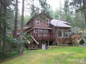 Homes for Sale in Gold River, British Columbia $349,900