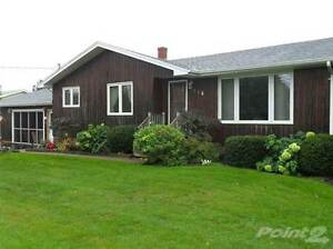 Homes for Sale in Summerside, Prince Edward Island $199,900