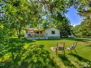 229 Parkview CRES