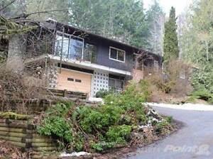 Homes for Sale in Qualicum Beach, British Columbia $469,000