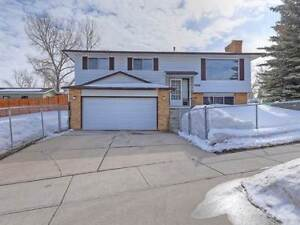 Homes for Sale in Thorncliffe, Calgary, Alberta $414,900