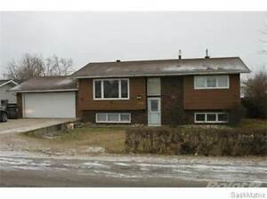 423 5TH AVENUE Regina Regina Area image 1