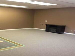 MOVE IN READY!!! Spacious 2 Bedroom Bungalow for RENT!!! Windsor Region Ontario image 7