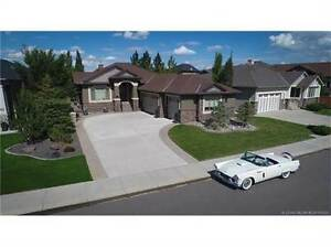 21 Canyoncrest Way W
