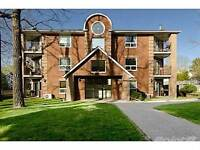 Condos for Sale in Downtown, Barrie, Ontario $189,000
