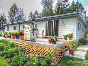 Homes for Sale in Edgewater, British Columbia $199,900