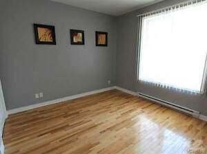 Homes for Sale in Saint-Laurent, Montréal, Quebec $244,500 West Island Greater Montréal image 5