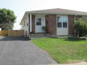 Homes for Sale in Lincoln Street, Welland, Ontario $259,000