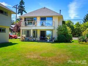 Condos for Sale in Parksville, British Columbia $209,000