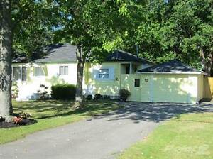 Homes for Sale in Rosehill Road, Fort Erie, Ontario $199,900