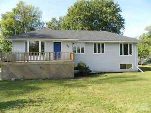 Homes for Sale in Crescent Park, Fort Erie, Ontario $289,900