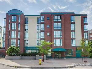 Condos for Sale in Queenswood Heights, Ottawa, Ontario $249,900