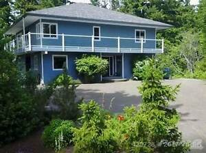 1026 Sand Pines Cres