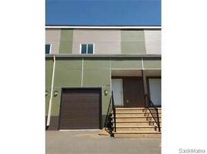 171 CHATEAU CRES