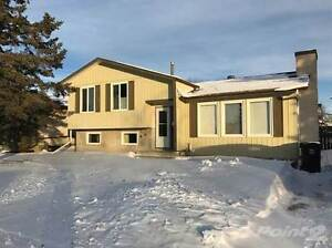 Homes for Sale in Caledonia, Leduc, Alberta $319,900