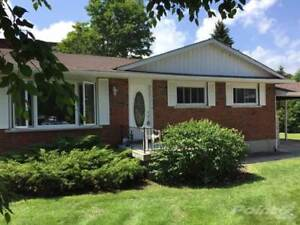 Homes for Sale in Wiarton, Ontario $239,900