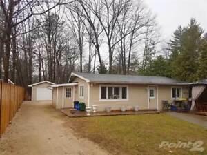 Homes for Sale in Simcoe County, Wasaga Beach, Ontario $370,000