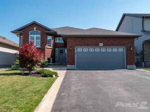 Homes for Sale in Smithville, Ontario $699,900