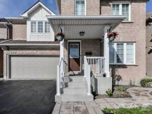Homes for Sale in Derry/Mavis, Mississauga, Ontario $899,000